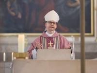 21_03_14 ME-Haus Einweihung 03 [Gottesdienst Bischof 02 Bischof Jung]
